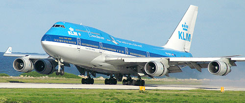 Fly with KLM to the Dutch Antilles from Amsterdam