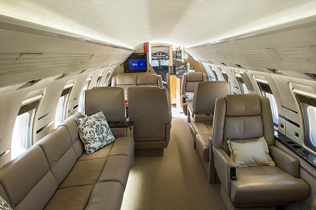 Challenger 600 jet luxury vip interior