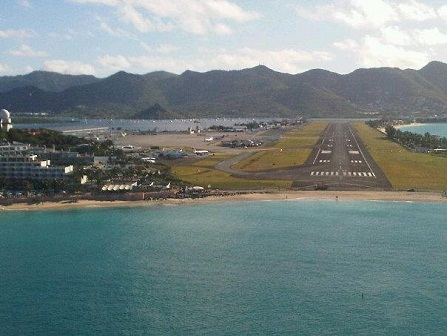 SXM Airport Most Stunning Airport Approach according to private jet flyers